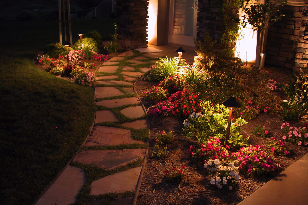 Beautiful Walkway Ideas for the Front of Your House