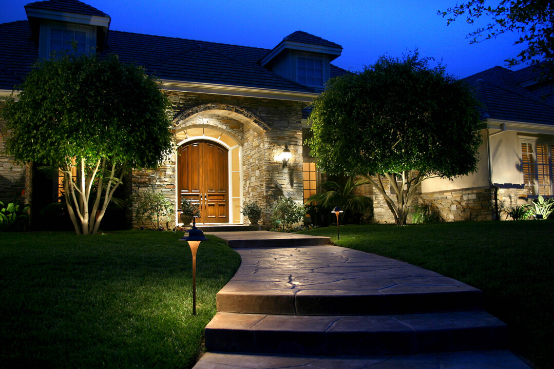 Lighting distinctions home exterior lighting - Exterior lighting for homes ...